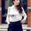 Lady Ribbon Online ขายส่ง เสื้อผ้าออนไลน์ ของแท้ ราคาถูกพร้อมส่ง เลดี้ริบบอน LR18140716 &#x1F380&#x1F380 Lady Ribbon's Made &#x1F380&#x1F380 Lady Blaire Floral Embroidered Lace Shirt in White thumbnail 2