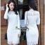 เสื้อผ้าแฟชั่น เดรสลูกไม้สีขาวแขนยาวเสื้อผ้าแฟชั่นออนไลน์ thumbnail 1