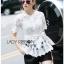 Lady Ribbon Online ขายส่ง เสื้อผ้าออนไลน์ ของแท้ ราคาถูกพร้อมส่ง เลดี้ริบบอน LR01140716 &#x1F380 Lady Ribbon's Made &#x1F380 Lady Elena Elegant Chic Button-Down White Lace Blouse with Ribbon thumbnail 3