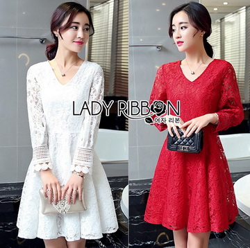 Lady Ribbon Online เสื้อผ้าออนไลน์ ขายส่งของแท้ราคาถููก LR08110716 &#x1F380 Lady Ribbon's Made &#x1F380 Lady Blaire Classic Feminine Lace Cocktail Dress