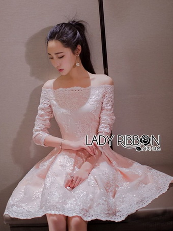 Sweet Allure Lady Ribbon White Lace Dress