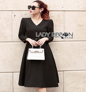 Chic Black Crepe Lady Ribbon Dress