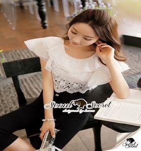 Seoul Secret Lace Belling Playsuit ทรงสวยดูมีคลาส