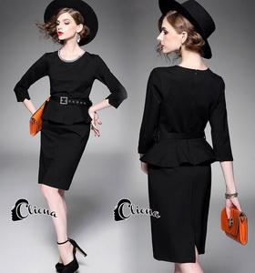 dress สีดำแต่งระบายช่วงเอว