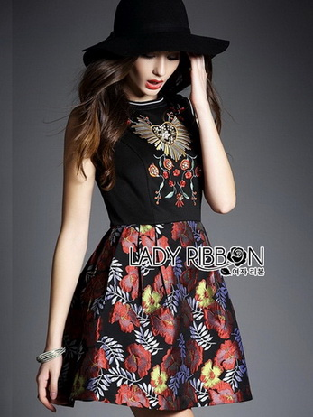 Lady Modern Hippie Floral Embroidered and Printed Dress