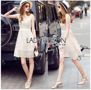 Lady Ribbon Online ขายส่งเสื้อผ้าออนไลน์เลดี้ริบบอน LR16010816 &#x1F380 Lady Ribbon's Made &#x1F380 Lady Selena Classic Elegant Sleeveless White Mixed Lace Top เ