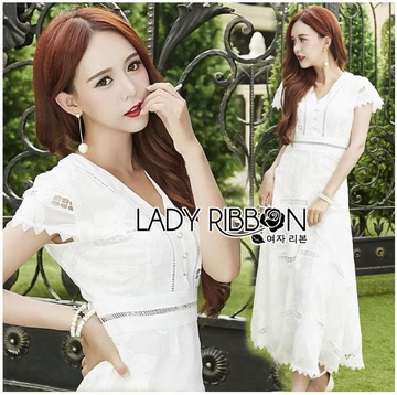 Lady Ribbon Online ขายส่งเสื้อผ้าออนไลน์ เลดี้ริบบอน LR07280716 &#x1F380 Lady Ribbon's Made &#x1F380 Lady Hana Classic Feminine Lace Maxi Dress in White