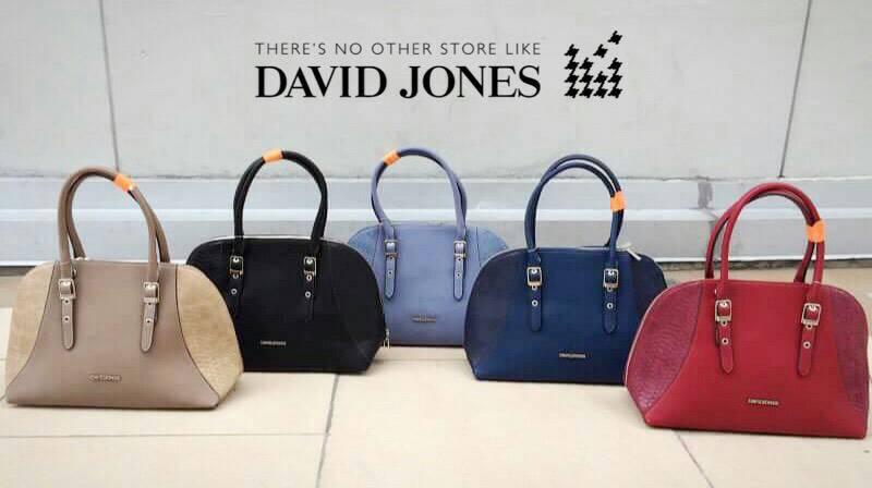 กระเป๋าถือเป็นแฟชั่นสำหรับผู้หญิง ที่จะบ่งบอกความเป็นตัวตนและรสนิยมของผู้หญิง