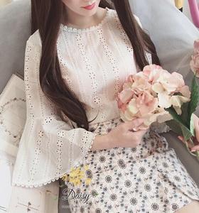 เสื้อลูกไม้ผ้าคอตตอนแฟชั่นเกาหลีกางเกงยีนส์