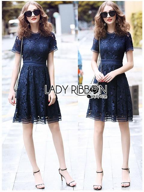 Lace Dress เดรสผ้าลูกไม้สีน้ำเงินเข้มทรงเบสิก