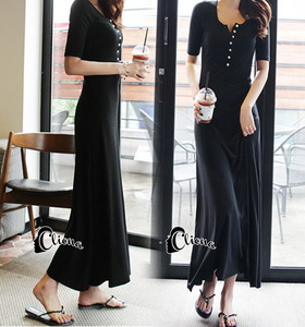 cliona Long dress สีดำแขนสั้นผ้ายืดหยุ่น