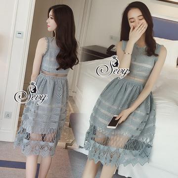 Lady Ribbon ออนไลน์ เสื้อผ้าออนไลน์ พร้อมส่งของแท้ SV06130716 &#x1F389Sevy Sleeveless Vintage Hollow Lace Dress