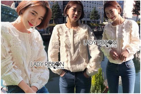 White Lace Blouse เสื้อแขนยาวผ้าลูกไม้สไตล์เบสิก