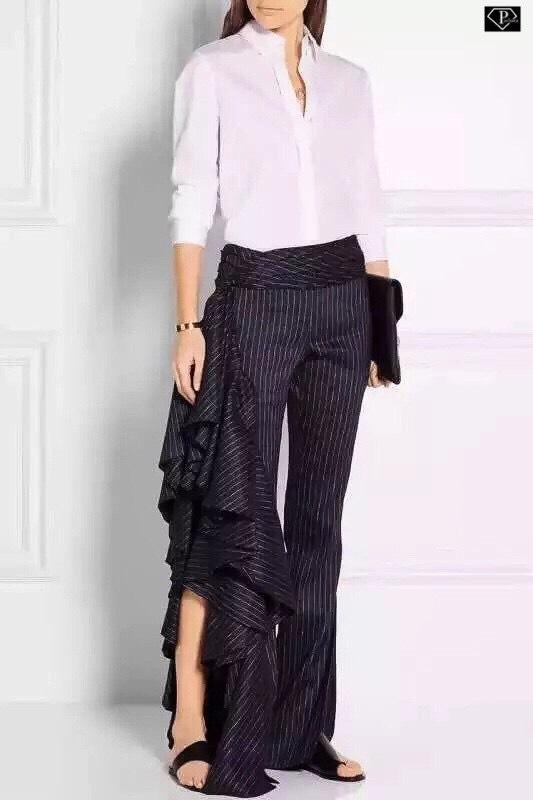 กางเกงขาบานระบายรัฟเฟิลแหวกขาข้างพาดเอวลายทาง งานแบรนด์ Alexander McQueen ดีเทลเนื้อผ้า Polyester 100% เนื้อหนานุ่มเกรดพรีเมี่ย