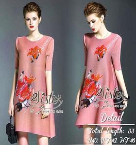 Dressเสื้อผ้าแฟชั่นเกาหลี Dressมินิเดรสลุคเก๋ๆ เนื้อผ้าเกรดดีอัด ย่นยืดหยุ่น