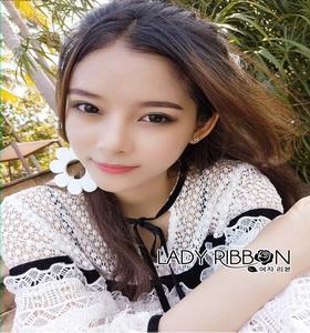 Lady Ribbon Blouse with Black Ribbon