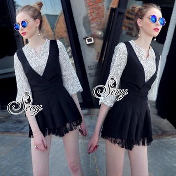 Lady Ribbon Online เสื้อผ้าแฟชั่นออนไลน์ขายส่ง เลดี้ริบบอนของแท้พร้อมส่ง sevy เสื้อผ้า SV11240716 &#x1F389Sevy Two Pieces Of Lace Half Sleeve Blouse With V-Neck Lace Edge Bib Playsuit Sets