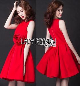 Lady Ribbon Rose Embroidered Dress เดรสคัทเอาท์เอวตกแต่งดอกกุหลาบสีแดง