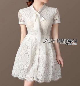 Dress with Ribbon เดรสผ้าลูกไม้สีขาวติดกระดุม