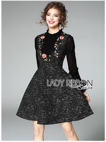 Lady Heidi Flower Black Tweed Dress