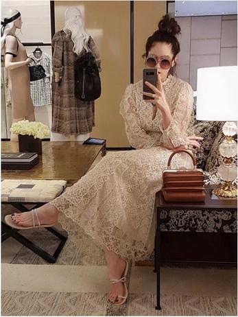 Maxi Dress เดรสยาวผ้าลูกไม้สีครีม