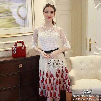เซ็ตเสื้อ+กระโปรงเสื้อสีขาว ผ้าแขนและคอเป็น see through