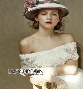 Lady Ribbon Vintage Off-Shoulder Lace Dress