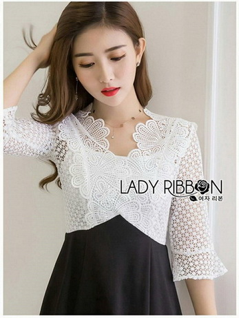 Lady Ribbon Black and White Lace Dress