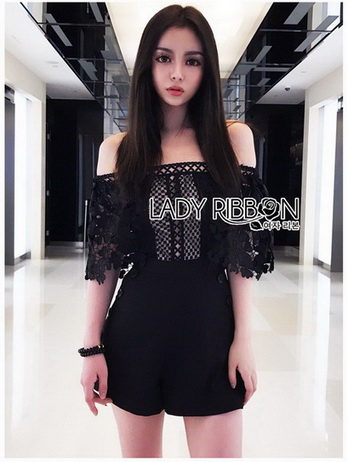 Lace and Crepe Playsuit เพลย์สูท