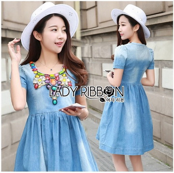 Lady Ribbon Online ขายส่งเสื้อผ้าออนไลน์ เลดี้ริบบอน LR15280716 &#x1F380 Lady Ribbon's Made &#x1F380 Lady Dana Feminine Colourful Embellished Blue Denim Dress
