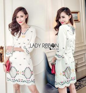 Lady Ribbon White Crepe Mini Dress มินิเดรสผ้าเครปสีขาวปักลายดอกไม้
