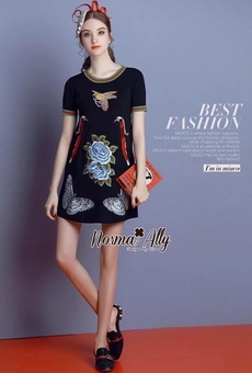 Lady Ribbon Online เสื้อผ้าออนไลน์ขายส่ง Normal Ally เสื้อผ้า NA02150816 &#x1F389Normal Ally Present embroiders knitting gucci new collection dress&#x1F389 (เดรส , งานปักทั้งชุด)