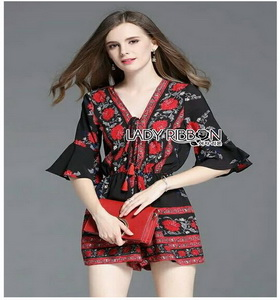 Modern Hippie Flower Printed Lady Ribbon Playsuit เพลย์สูท