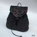 Issey Miyake Backpack แบบใหม่ก็มาคร่าาาGLOW IN THE DARK
