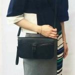 Zara Clutch with long and short strapครัชหนังลายงู สุดฮิต!!!หนังPU มีสายยาว และ สายคล้องมือให้3 สีดำ, สีขาว, สีเทา