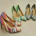 พร้อมส่ง รองเท้า คัทชู หัวแหลม ลายสายรุ้ง rain bow สีสันสดใส ส้นสูง 3นิ้ว