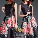 เสื้อผ้าแฟชั่นเกาหลีสวยๆเดรสสีดำลายดอกไม้สีแดง