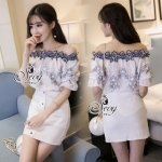 Lady Ribbon Online ขายส่งเสื้อผ้าออนไลน์ เสื้อผ้า Sevy SV11030816 &#x1F389Sevy Two Pieces Of Embroidered Vintage Lace Off Shoulder Blouse with Mini Skirt Sets