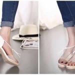รองเท้าสวยๆทรงGUESS งานทำจากหนังแก้วซิริโคนใส นิ่ม ไม่บาดเท้า งานส้นไม้แขงแรง ทรงสวยค่ะ ดีไซน์เก๋ ปรับความกระฉับได้ตาม ขนาดเท้า สูง 2.5 นิ้วใส่กำลังดีค่ะ