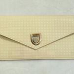 korea vintage clucth bagกระเป๋าแฟชั่น สไตล์วินเทจ ดีไซน์เก๋มากๆ สามารถใช้ได้ ทั้งถือ ออกงาน สะพายใช้ในชีวิตประจำวัน คุ้มมากก ค่ะ