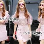Lady Ribbon Online เสื้อผ้าออนไลน์ ขายส่งของแท้ราคาถููก LR17110716 &#x1F380 Lady Ribbon's Made &#x1F380 Lady Christina Modern Vintage Lace Blouse and Hot skirt Set