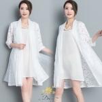 เสื้อคลุมเป็นผ้าลูกไม้ผสมผ้าชีฟองโปร่ง และคลุมด้านหลังเป็นเทรนด์แฟชั่นเกาหลีผ้าแก้ว